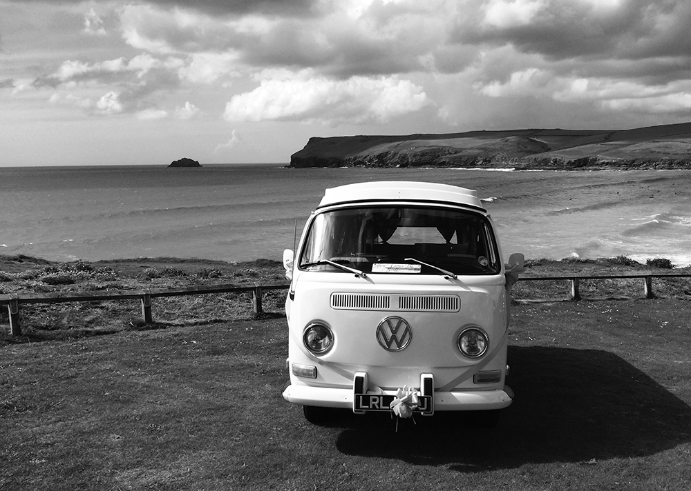 B&W POLZEATH BACKGROUND